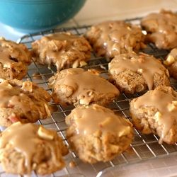 Maple-Glazed Apple Cookies | candy and cookies | Pinterest