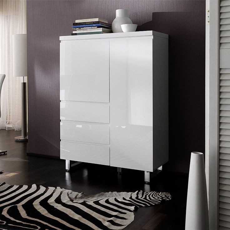 ikea highboard hochglanz interessante ideen. Black Bedroom Furniture Sets. Home Design Ideas