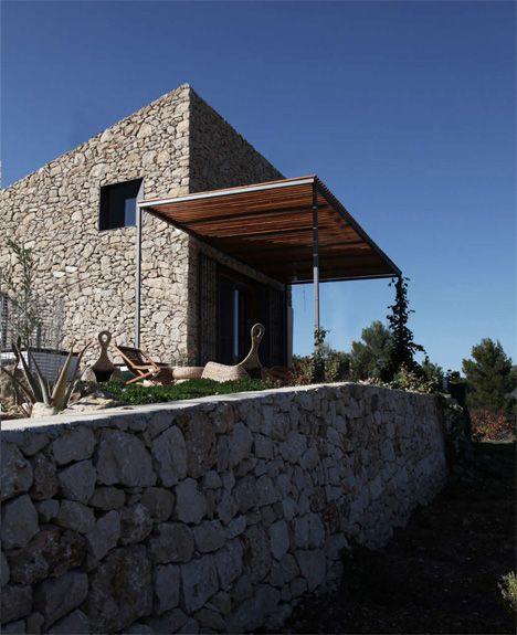 The La Vall de Laguar House by Enproyecto Arquitectura in Spain.