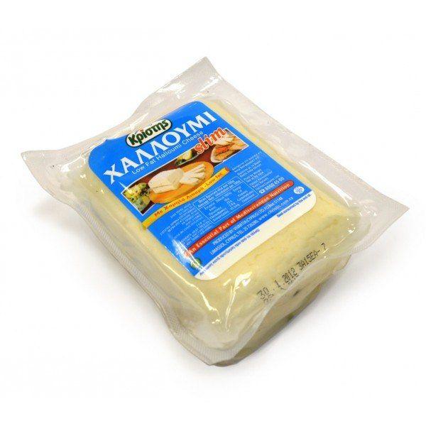 Кипр. Сыр «Халуми»  Это национальный соленый сыр с необычным вкусом. Обычно его поджаривают на гриле – такие сыры не плавятся. Стоит купить его не в сувенирной лавке, а в обычном супермаркете перед самым отъездом.