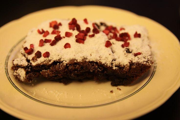 "Gunnels chokoladekage (""tyggegummi""-kage)"