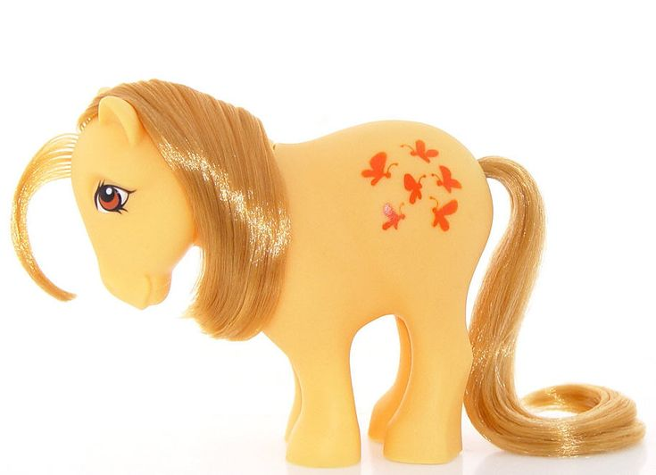 Butterscotch. Collectors pony. Year 1. 1982-83. Year one Butterscotch has flat hooves.