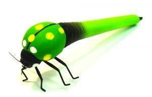 """Вопрос от @razverni  Испытывают ли насекомые боль? Мы не знали, но ответим. Умеют ли они реагировать на внешние раздражители — конечно да, но этого недостаточно, чтобы говорить, что у них есть боль и страдания. Ручки """"Насекомые"""" Божья коровка https://razverni.com/~4e9J2"""