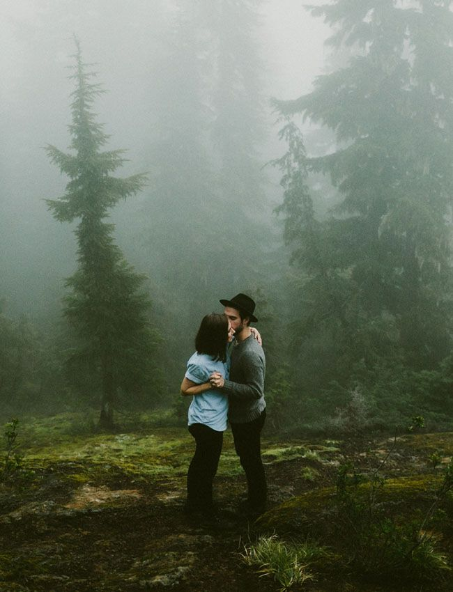 Foggy Forest Anniversary // Elopement inspiration photos up in the mountains