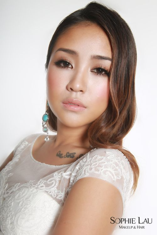 Beach Wedding Makeup Asian : 25+ best ideas about Asian Wedding Makeup on Pinterest ...