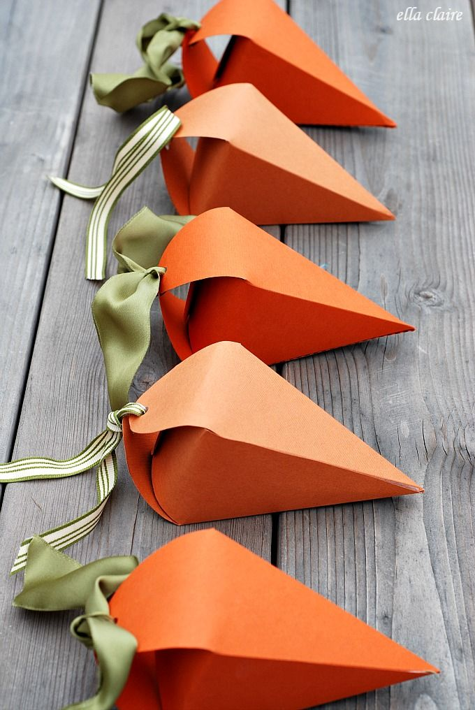 DIY Carrot Easter Treat Boxes #12monthsofmartha