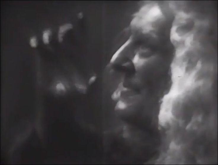 Jane Rose (07/Febrero/1913 - 29/Junio/1979).  Macbeth (Hallmark Hall of Fame 1954). Adaptación libre para televisión. Episodio Nº8 de the American anthology series Hallmark Hall of Fame. Directed by George Schaefer.  Jane Rose _ Primera bruja.