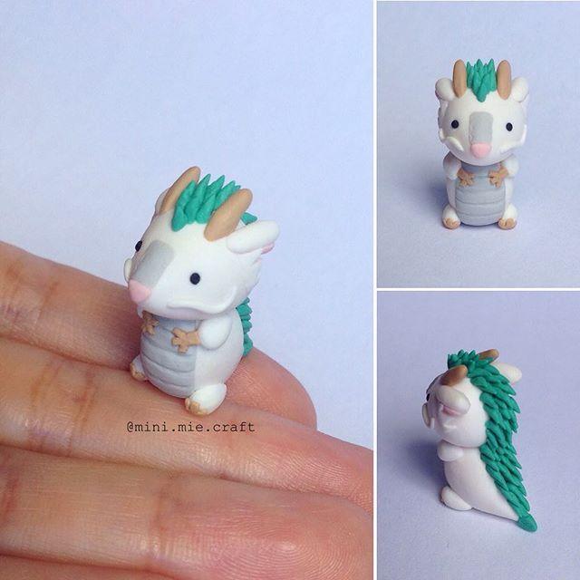 Chibi Haku (Spirited Away)! Chibi Haku (A Viagem de Chihiro)! #polymerclay #handmade #haku #spiritedaway #studioghibli #chihiro #craft #art #cute #clay #fimo #anime #chibi #chibihaku #aviagemdechihiro #artesanato #miniature #dragon #kawaii #fanart