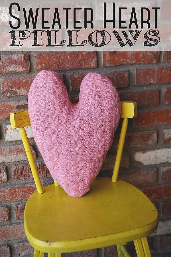 Sweater heart pillows - 20 Amazing DIY Projects that Symbolize Love.  How utterly gorgeous and cozy!