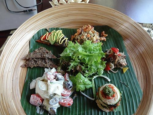 #RawFoodRestaurant #Review - #Fivelements #Bali - A Review by #RawFoodChef JonnyFreesh