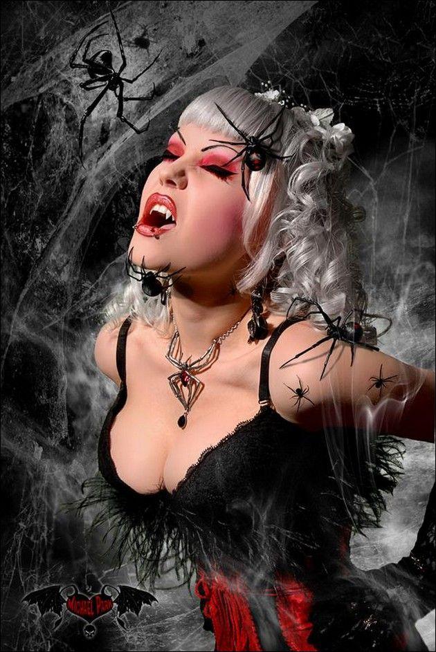http://4.bp.blogspot.com/-oxrvjrAySzg/TuPccD4B9kI/AAAAAAAAD9o/xxnqhThJnf4/s1600/vampires13.jpg