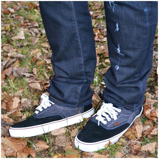 Zapatillas para hombres by Vans. Más detalles en landoigelo.com