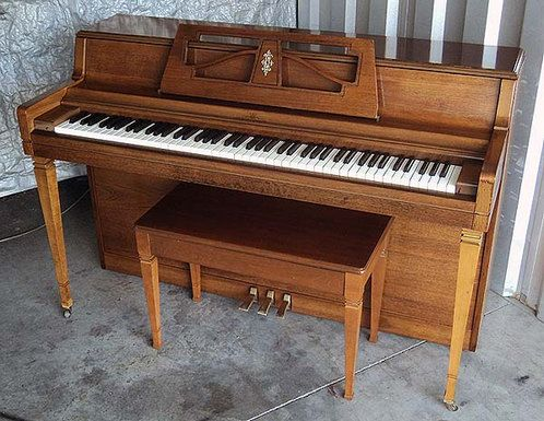 SOLD-SOLD-SOLD--piano for sale ,used piano WURLITZER SPINET PIANO FOR SALE $599 - Very Good Condition - Get FREE DELIVERY to 1st Floor in New England. Rob Ambrosino Piano Tuner-Technician See more photos at ww.pianoanswers.com