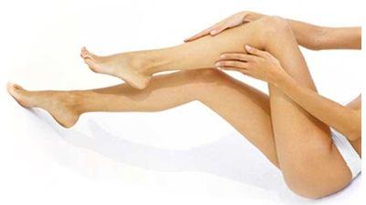 Varicele sunt asociate cu o circulatie proasta si o inflamatie cronica. Acestea apar de obicei pe picioare. Nu necesita intotdeauna tratamente costisitoare, usturoiul fiind unul dintre aliatii de baza. In conditiile in care este combinat cu ulei din