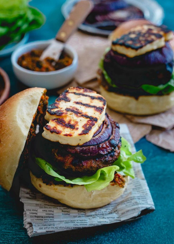 This grilled halloumi lamb burger has grilled red onions and a sun-dried tomato pesto spread making each bite packed with delicious Mediterranean flavors.