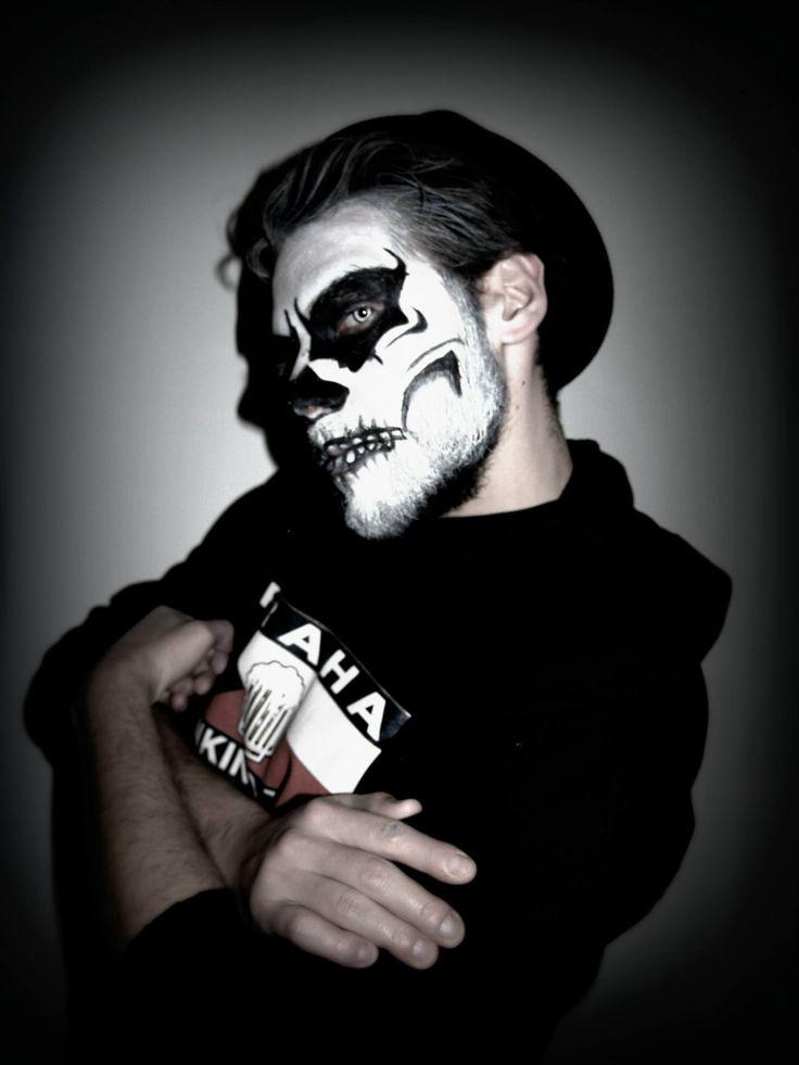 makeup skull - halloween makeup