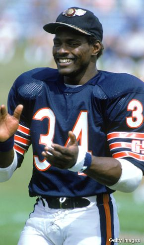"""Walter Payton """"Sweetness"""" Saw him at the Chicago Auto show once....impressive man"""
