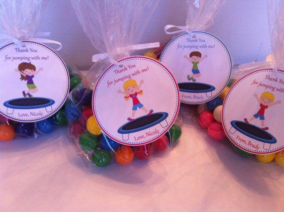 Trampolin-Party gefallen-Taschen von SweetDesignsbyRegan auf Etsy                                                                                                                                                                                 Mehr