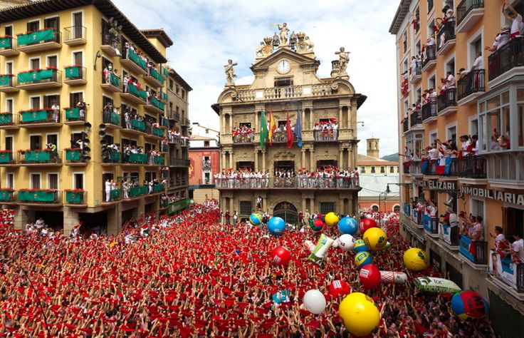 San Fermin took place every year in the city of Pamplona in Spain. This year we can admire this amazing Festival from July 6th to 14th. Every year Festival starts with 'el Chupinazo' the Opening Ceremony. Rockets explode in the sky in the greatest celebration on earth...
