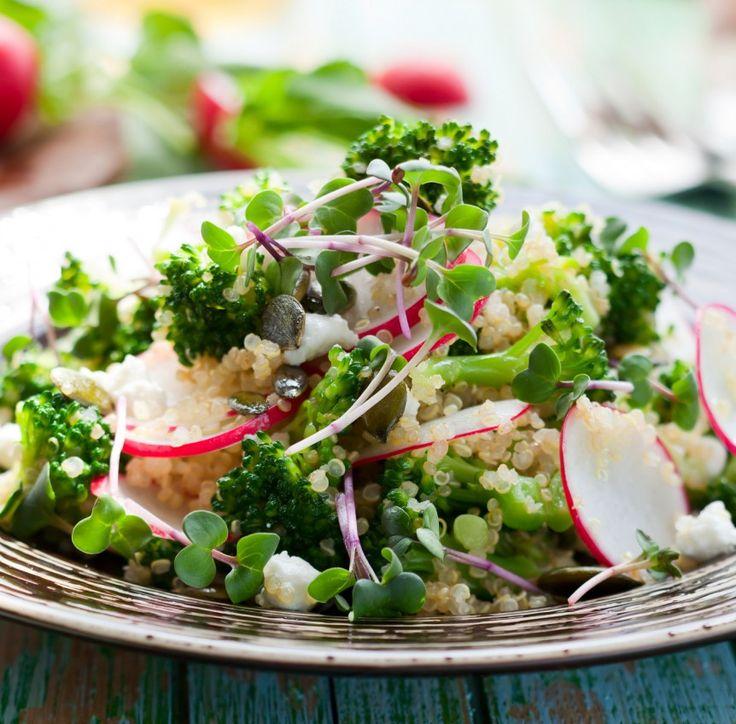 Quinoa mit Brokkoli und Radieschen