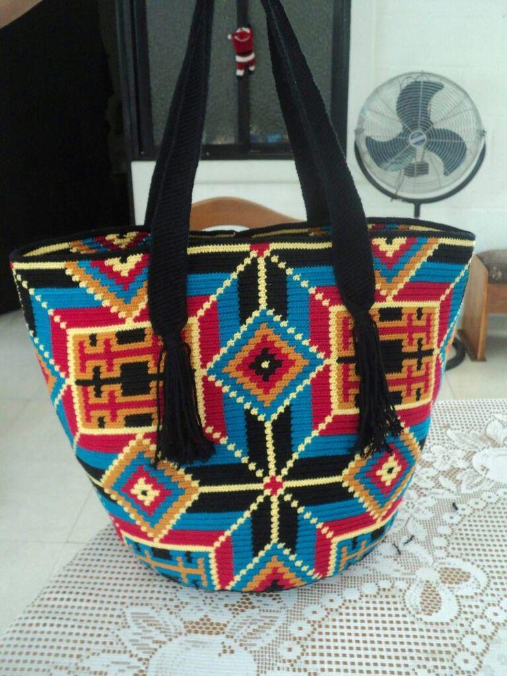Bolso Wayuu. Técnica Tapestry.