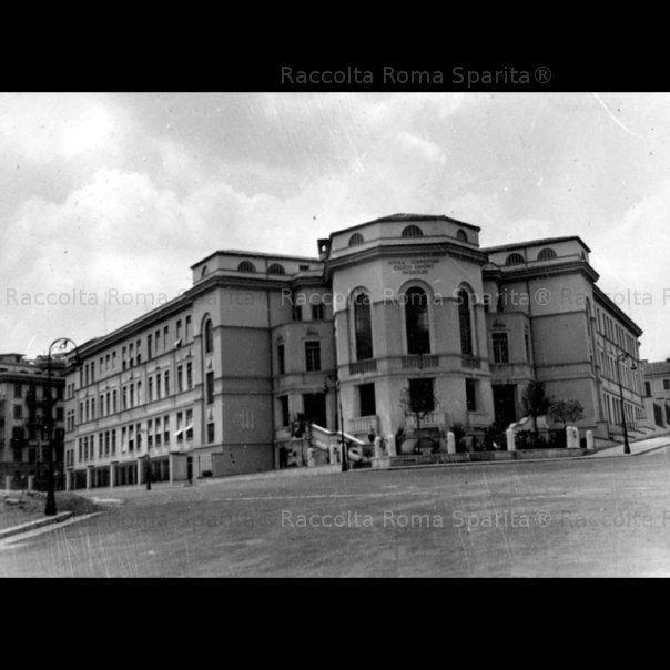 Foto storiche di roma piazza volsinio scuola for Di giuseppe arredamenti roma