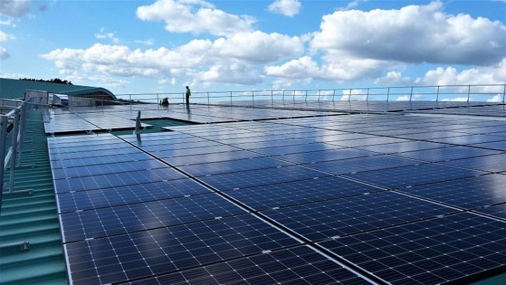 Photon Energy has recently commissioned a 165.55 kWp rooftop solar PV system for Hart District Council's new flagship Hart Leisure Centre, built by main contractor Willmott Dixon.