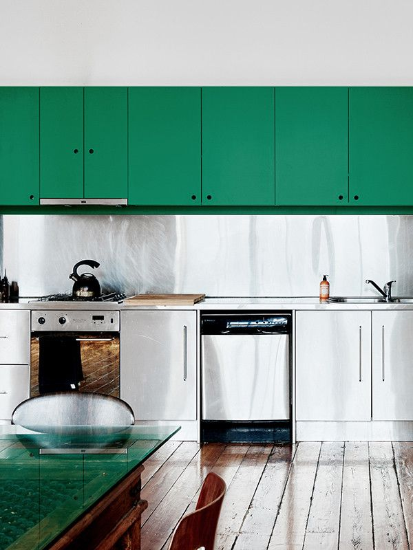 10 Tips: An Artfully Undecorated Melbourne Loft