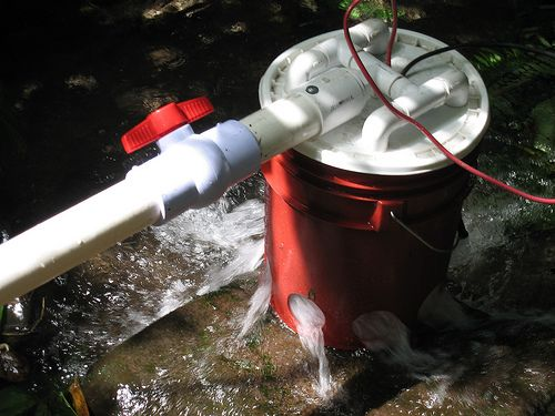 Hydroelectric Generator from a 5 gallon bucket - download the 35 page PDF instructions from this site