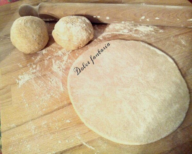Impasto base per pizza con farina integrale