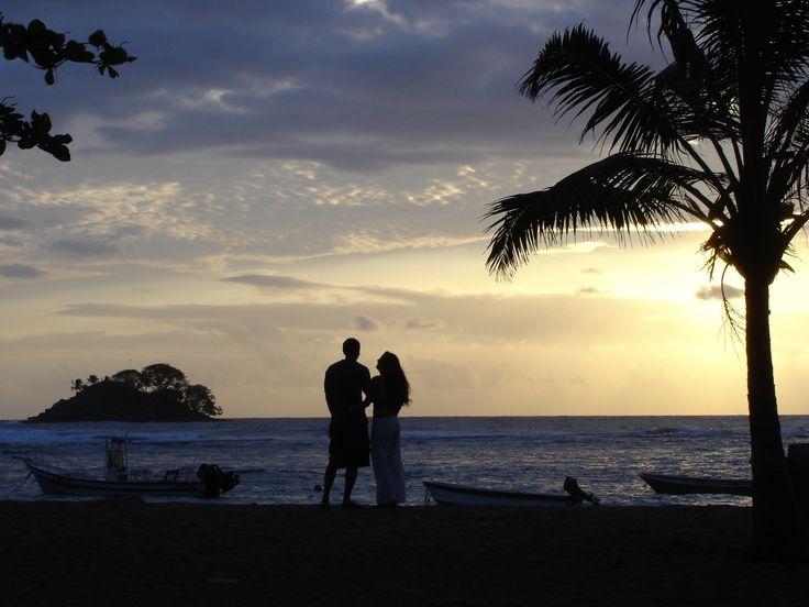 Amanecer en la playa... Capurganá - Colombia