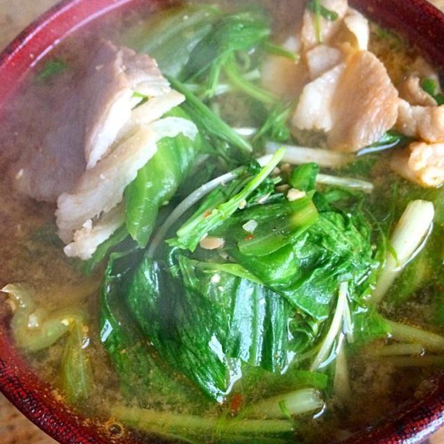 レタスの外側と水菜の入った豚汁‼︎ - 73件のもぐもぐ - 糖質制限ダイエットな朝ごはん‼︎ by giacometti1901