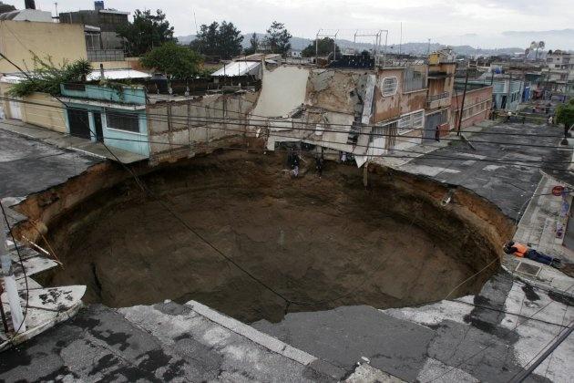 What Causes A Sinkhole Guatemala City Wonders Of The World Guatemala