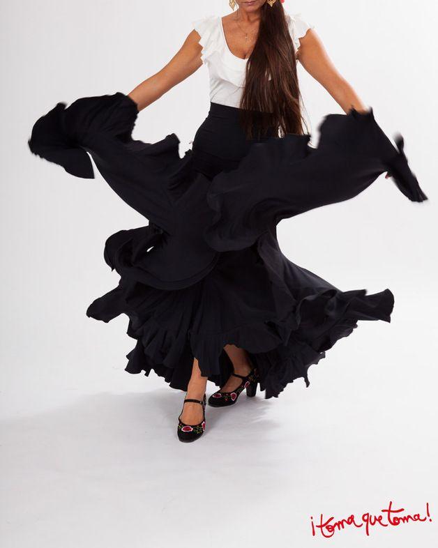Maxiröcke - Flamencorock sehr weit - ein Designerstück von Tomaquetoma. Auf  www.tomaquetoma.de
