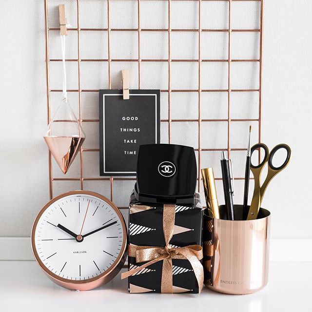 Pinterest: dopethemesz ; rose gold/copper dreams ; modern office decor