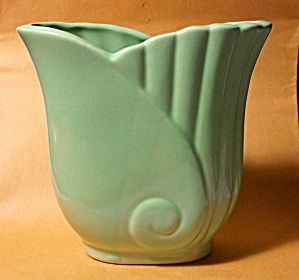 50's art nouveau green planter mint, everyone had these type of planters back then with plants on the windowsills