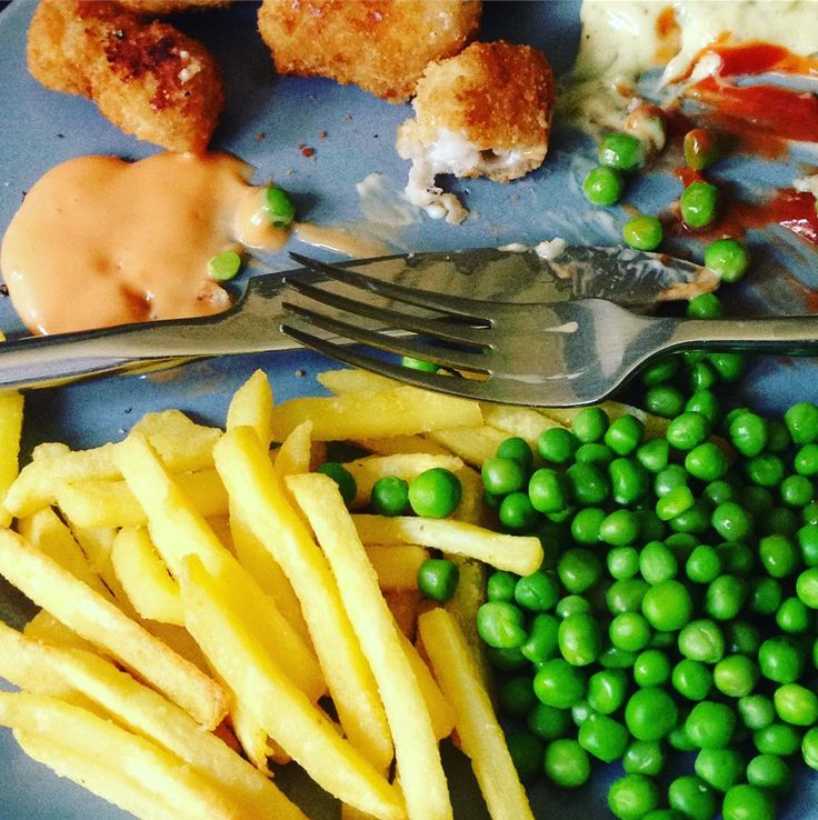 Scampi 🍤 chips 🍟 and peas 💚 #realshit