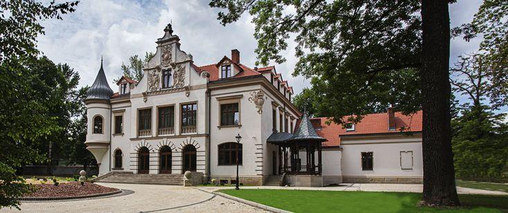 """Pałac """"Polanka"""" w Krośnie wybudowany w roku 1887 przez Wiktora Klobassę. Obecnie jest to luksusowy hotel."""