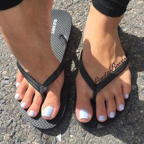 linda boo feet
