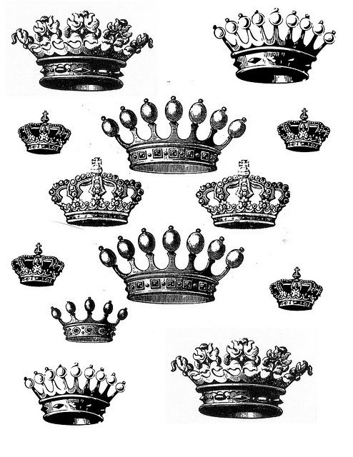 I don't know why, but I'm obessed with crowns.