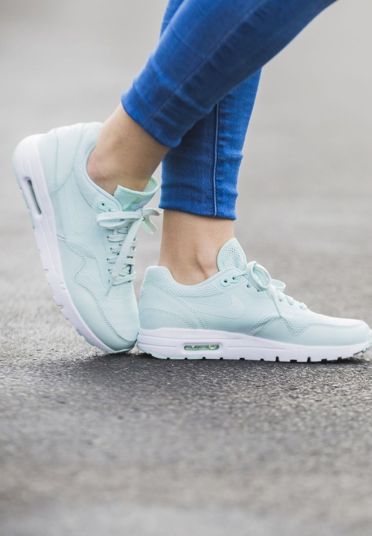 Nike WMNS Air Max 1 Ultra Essential   Air max 1, Shoes, Sneakers