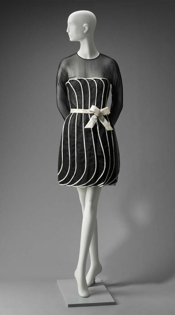 S/S 1992, America - Woman's dress by Arnold Scaasi - Silk plain weave (organza); silk satin; plastic; metal