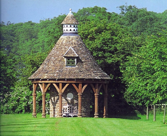 The Garden at Highgrove - The dovecote was built in the late eighties in memory of Sir John Higgs, a much-loved former Secretary of the Duchy of Cornwall