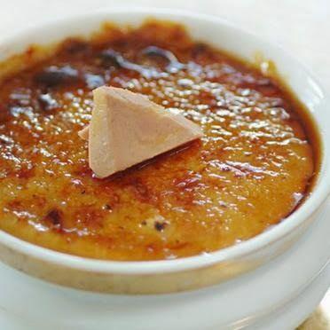 Ingrédients :  180 g de  foie gras cuit , à température ambiante  250 g de crème fleurette  150 g de lait  1/2 écrémé  4 jaunes d'oeufs...