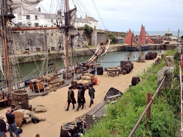 Via Martin @wickerpharm Re-filming of Poldark at Charlestown, Cornwall.