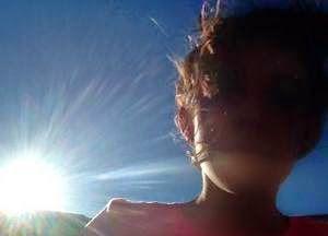"""Espiritualidad Contemporánea:                                                         """"Jueves Santo"""" fotografía de Camila Vega poema del libro Lo/Cura"""" de Moni Indiveri de Vega"""