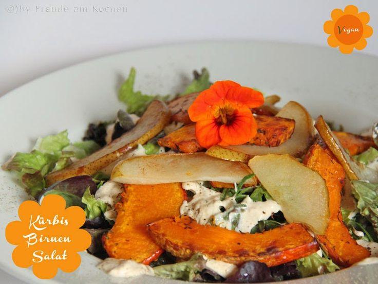 Bei Freude am Kochen gibts fürs Kürbirne-Blogevent leckeren Salat mit Hokaido Pommes, gebratener Birne und einem Dressing aus marokkanischen Salz-Zitronen