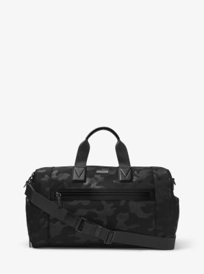 Gear up for your next workout with our Parker gym bag. Crafted from…