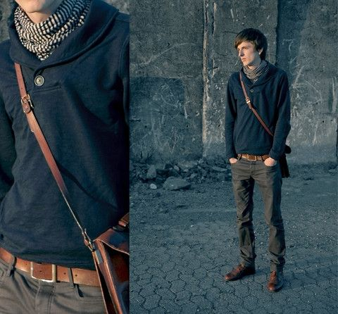 Layering clothes adds an interesting dimension to casual outfits