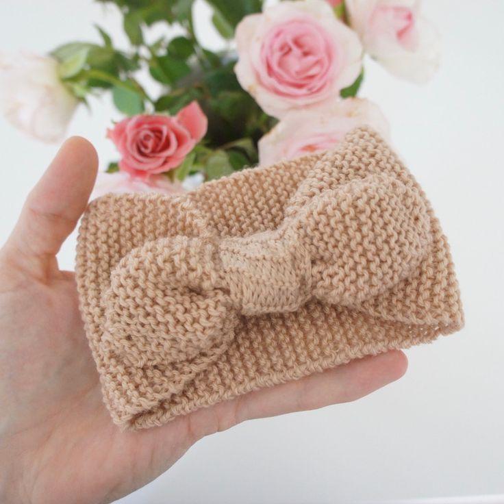 Gratis opskrift på strikket baby pandebånd